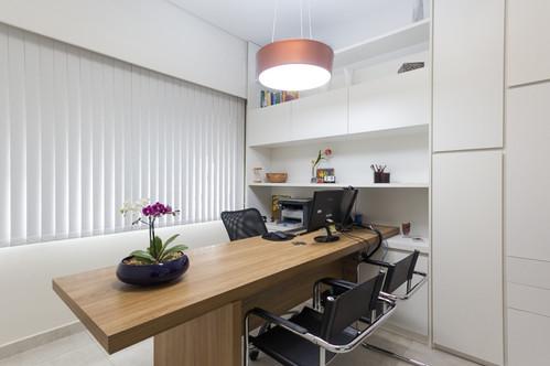fotografia de sala da diretoria de escritório corporativo