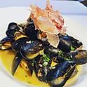 Mussels & Prosciutto