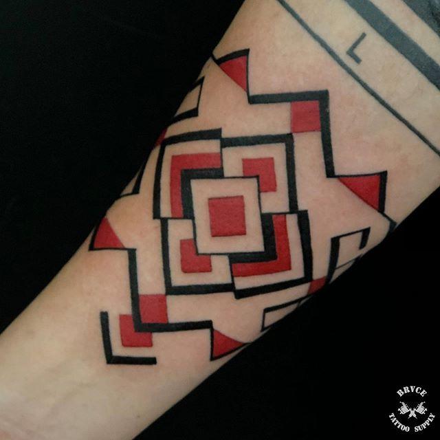 tatuagem desenvolvida com base em estudo