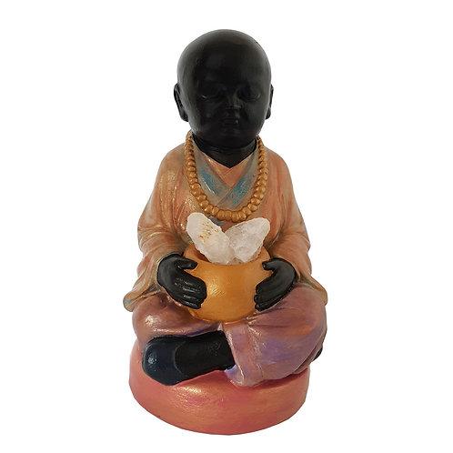 Buda meditación con cuarzo blanco