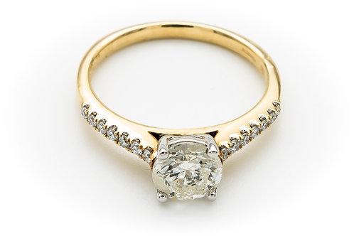 18ct yellow diamond ring