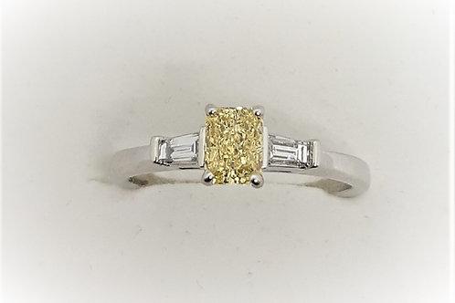 Fancy yellow Diamond three stone ring