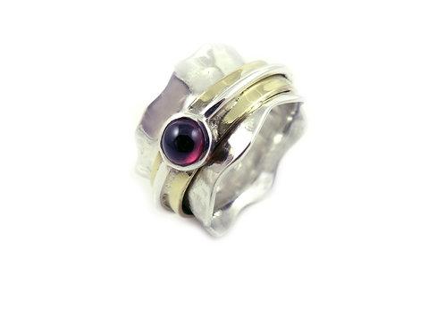 Wave Semi Precious Stone Ring - Garnet