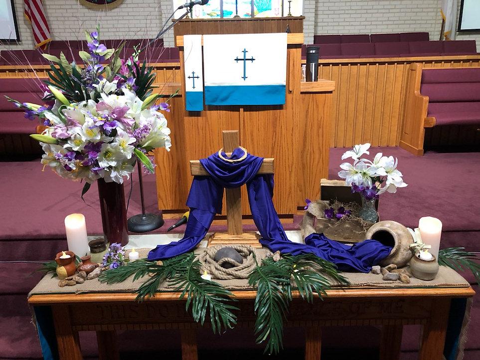 Easter table.jpg