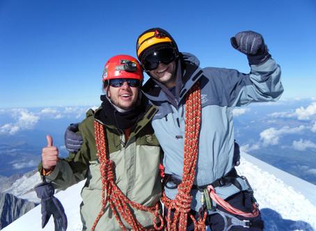 Sob as Nuvens - Escalada do Mont Blanc (4810m)