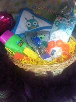 Alien baby basket