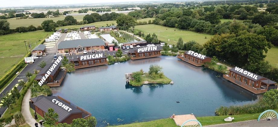 New lodges on Arthur's Pool