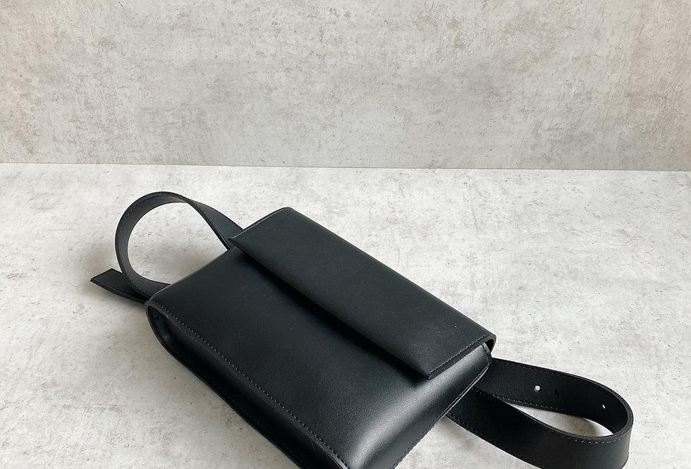 THE BELT BAG I BLACK