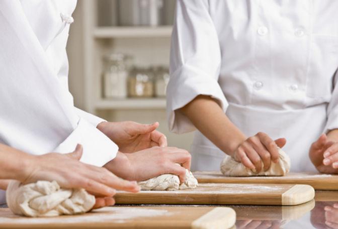 Mettre la main à la pâte.jpg