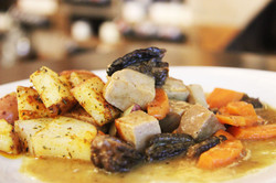 Pork and morilles stew, hunter mix spices