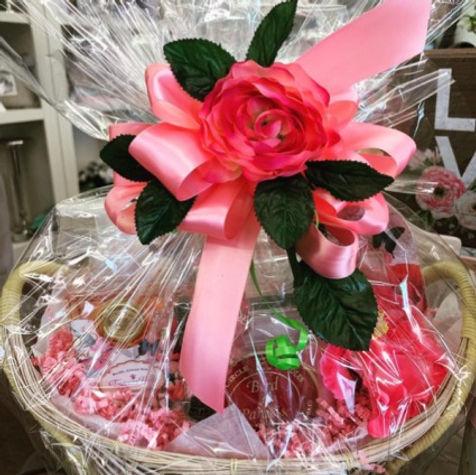 mothers-day-gift-basket-gift-basket-5cd0
