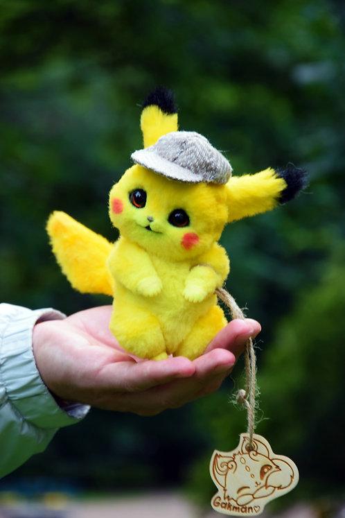 Tiny Detective Pikachu