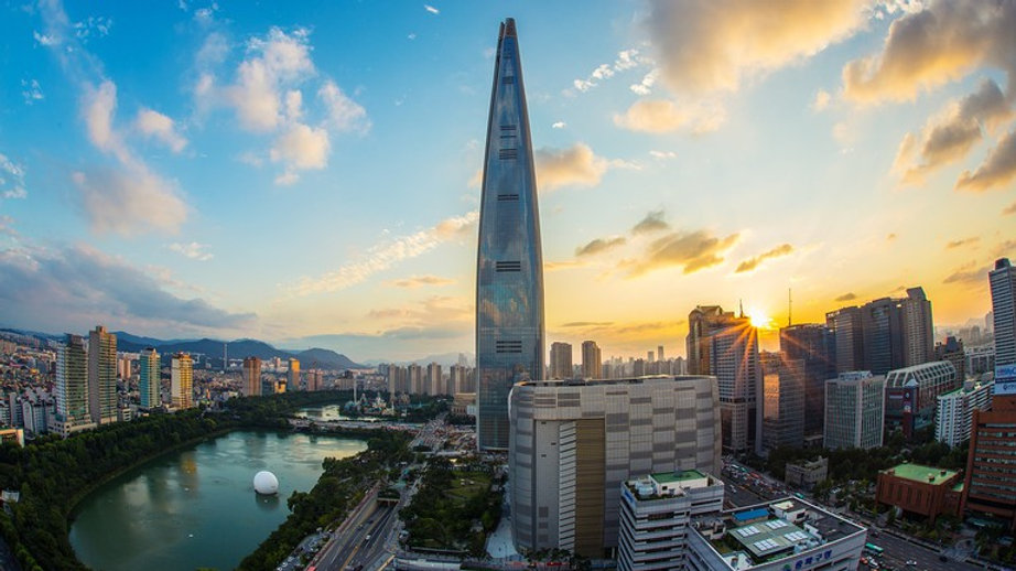 Seoul Skyline.jpg