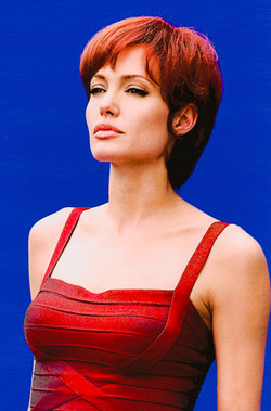 "Angelina Jolie ""SALT"""