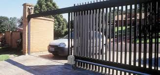 O que preciso saber na hora de escolher meu portão automático?