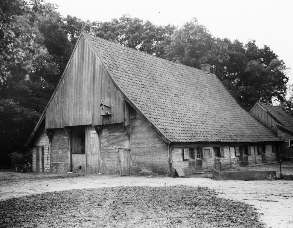Boerderij De Waarbeek - Hulshoff Pol - Mondriaan - Hengelo - Veldwijk - Pruisische Veldweg 74