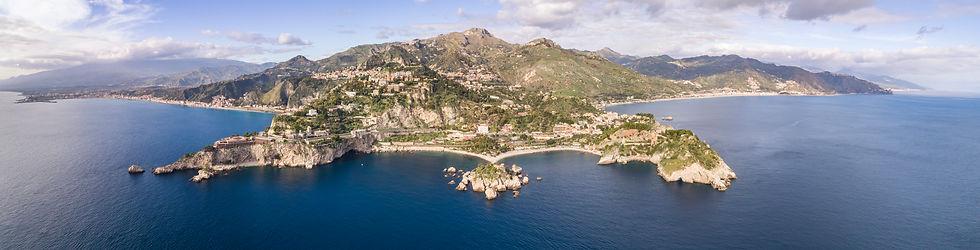 Panoramica Taormina da Isola Bella.JPG