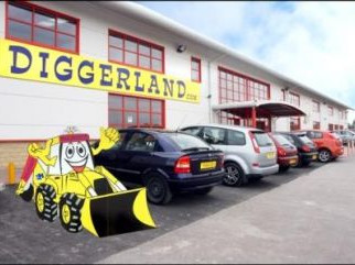 Diggerland - Centre of Attraction