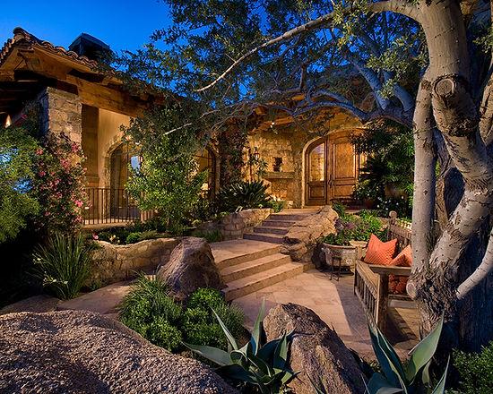 Cozy hillside estate entryway
