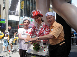 Times Square - JOP - Kiss Anniversary - Michaels