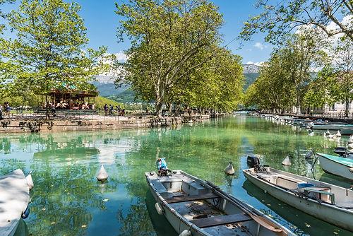 Annecy boats.jpg