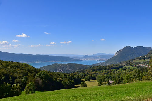 Annecy mountains.jpg