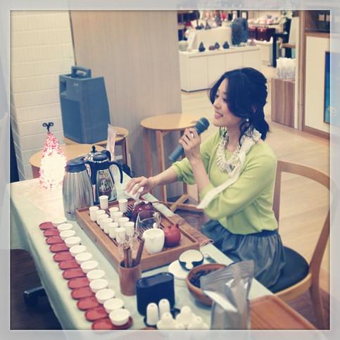 名古屋高島屋さんにて 台湾茶の魅力を紹介。
