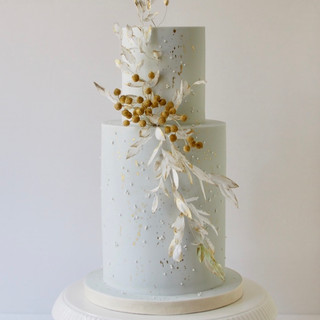 Luna Wedding Cake