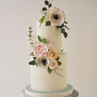 Amelia (Small) Wedding Cake