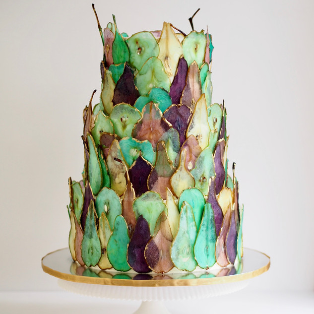 Dyed Pear Cake