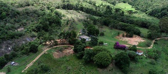 Fazenda em Carvalhos - MG