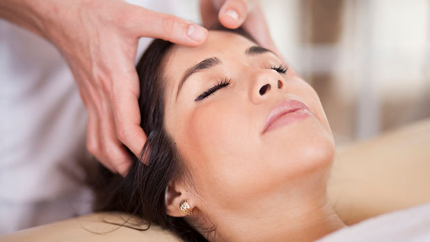 Indian_head_massage.jpg