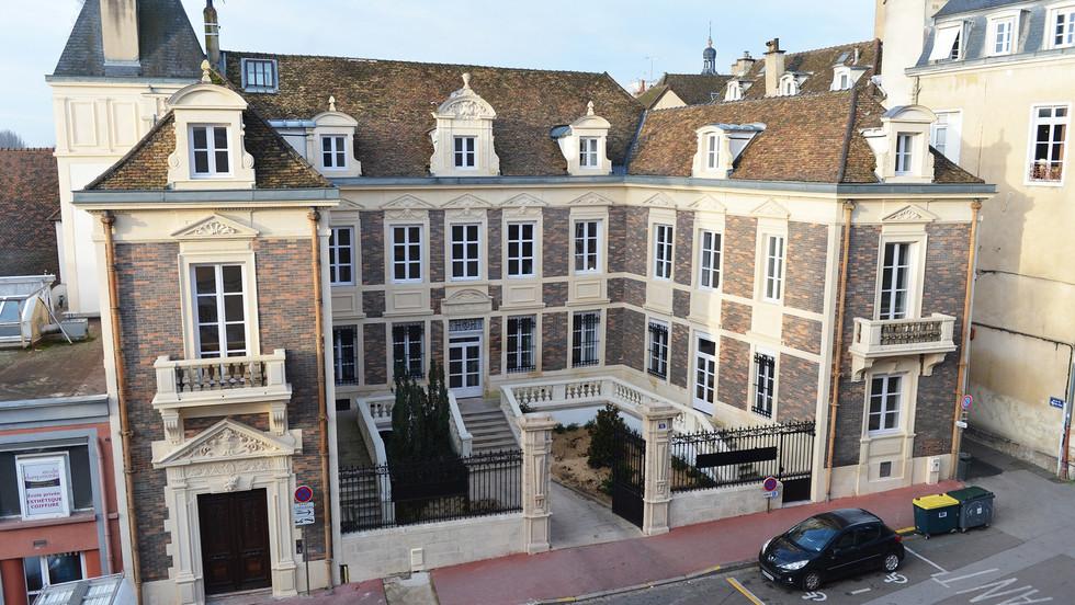 RESTAURATION HOTEL PARTICULIER EN 20 LOGEMENTS COLLECTIFS - CIR