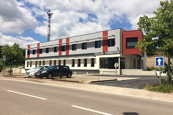AMENAGEMENT D'UN BATIMENT FORMATION POST BAC - CHALON FORMATION
