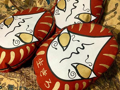 Daruma cushion decorative