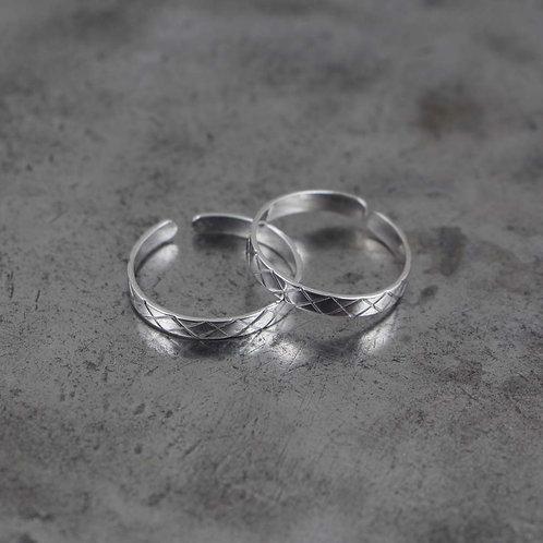 (Bichiya) Toe Ring 1.0 Adjustable Set of 2