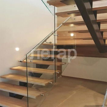 Custom-Quarter-turn-half-turn-stair-desi