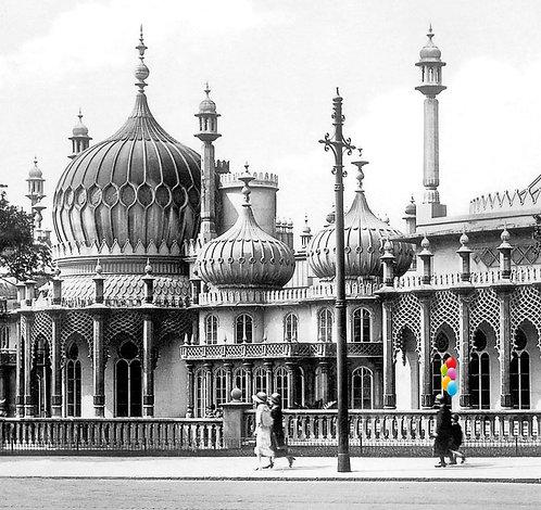 Brighton Pavilion Balloon Boy - Cushion