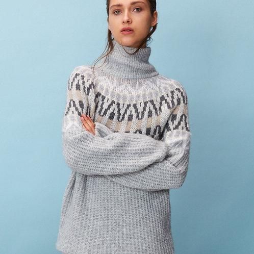 Sweter w norweskim stylu z golfem Laurèl