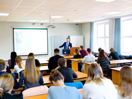 В Минске прошли курсы «Дипломатия II трека»