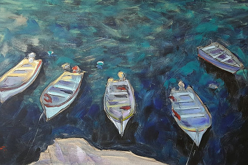 Five boats waiting for the Sun