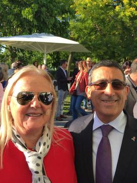 Francoise et maire seixal.JPG