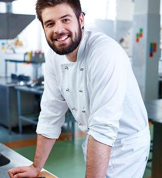 jeune cuisinier mediaphotos.jpg
