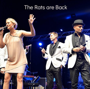 "Julie Leonheart mit ""The Rats are Back"""