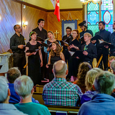 with Aureas Voces, directed by Nick Veltmeyer Rising stars in Early Music position Canadian folk song among the treasures of music history. aureasvoces.ca
