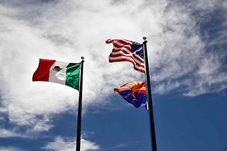 us-mexico-flags.jpg