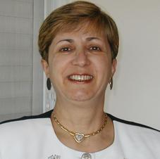 """ד""""ר אסתר סרוק"""