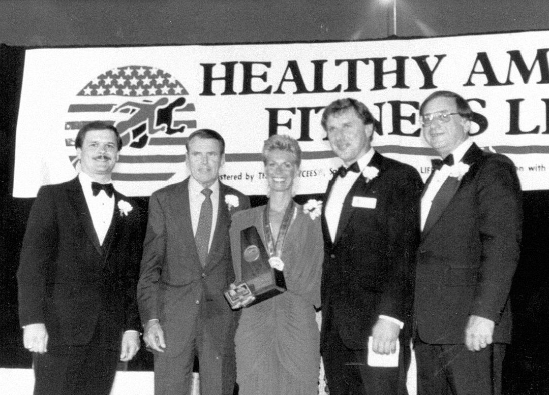 1984, Healthy American Fitness Leaders Award, Washington, D.C.