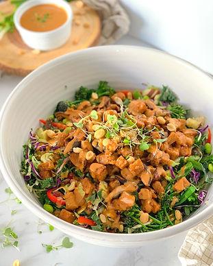 Spicy Thai Peanut Salad Recipe (Vegan)