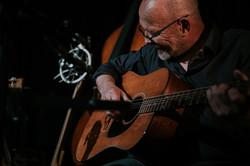 La guitare folk